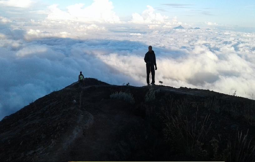 agung-volcano-trekking